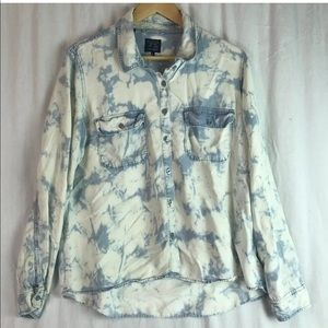 GUESS women's bleach dyed button down top